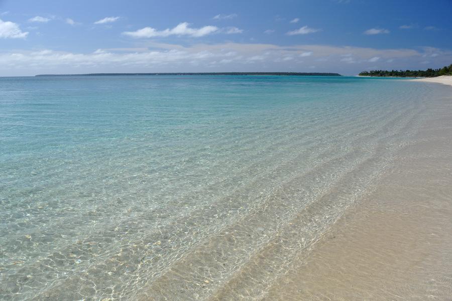 il mare la spiaggia e la laguna alle isole tonga nel. Black Bedroom Furniture Sets. Home Design Ideas