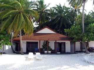 Camere e bungalow a thudufushi prima dei lavori di for Fantastici disegni di bungalow