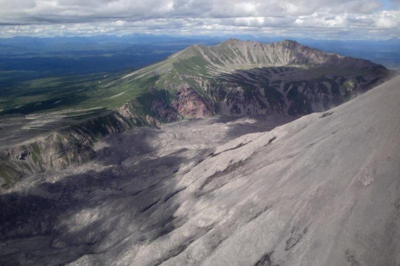 Escursione in elicottero nella valle dei geyser valley of for Val verzasca dove fare il bagno