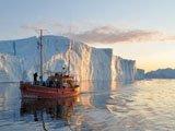 Crociera tra gli icebergs