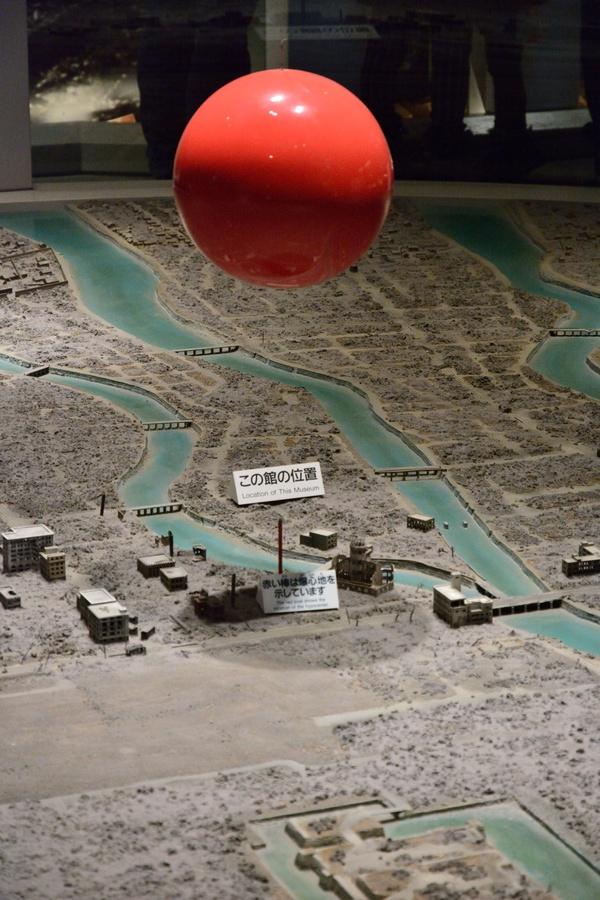 Risultati immagini per bomba atomica esplosione hiroshima