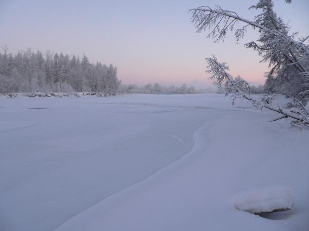 Inverno pescando sullo stupido